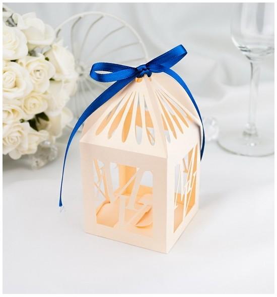 Svatební krabička na makronky - K680