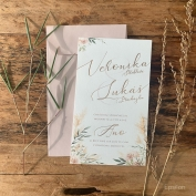 #svatebnioznameni dle vlastního návrhu #svatba Veronika&Lukáš . . . #rosegold #hotfoil #kaligrafie #nudecolor #svatebni #oznameni #tiskoviny #svatba 2020 #tiskoznameni #epsilonpraha